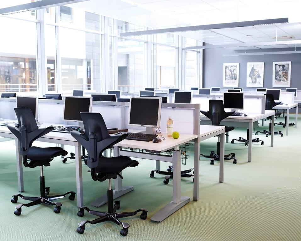 HAG Capisco 8106 Großraumbüro Bürostühle